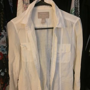 Long sleeve Banana Republic linen button up